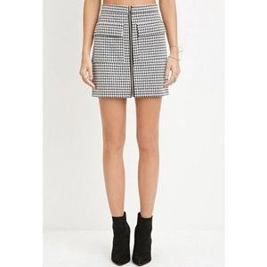 Forever 21 Houndstooth Zipped Mini Skirt Medium